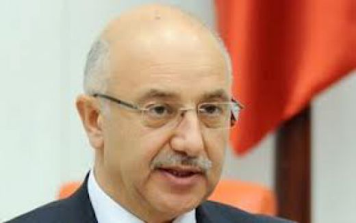 AKP'den Şok İstifa!