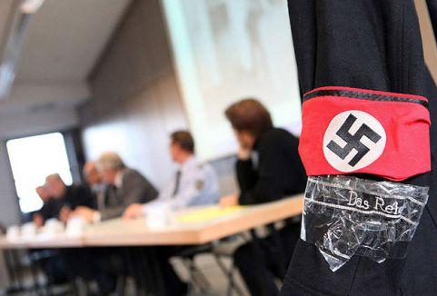 Almanya'da aşırı sağcılara soruşturma...