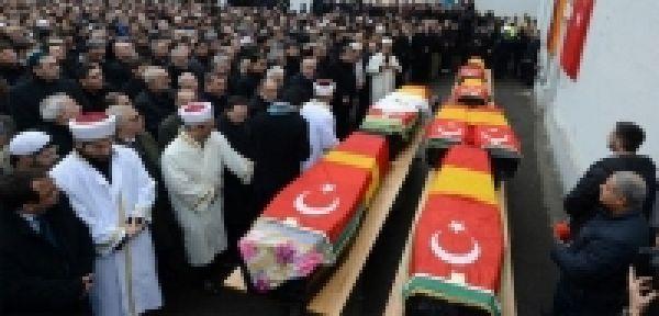Almanya'da öldürülen Türkler son yolculuğunda
