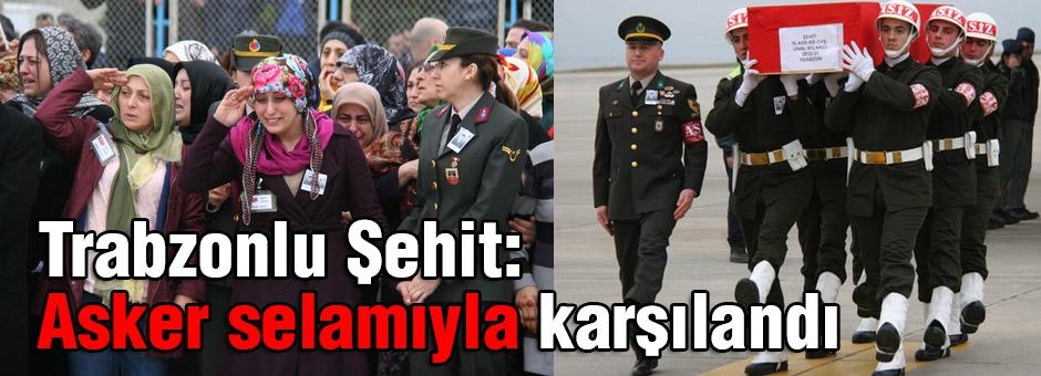 Acılı Aile evlatlarını asker selamıyla karşıladı