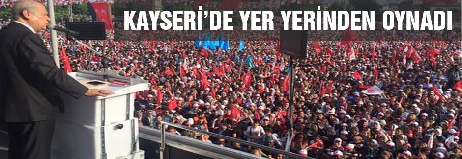 MHP Kayseri mitinginde büyük kalabalık