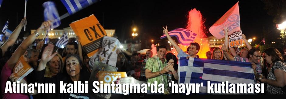 Atina'nın kalbi Sintagma'da 'hayır' coşkusu