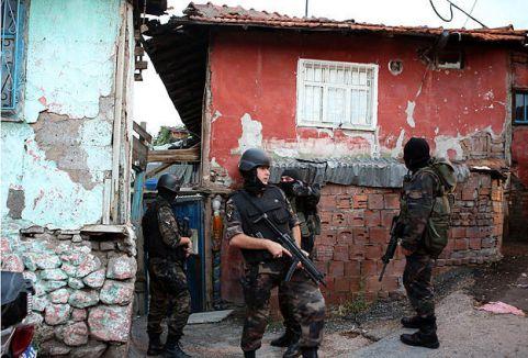 Ankara'da şafak operasyonu...