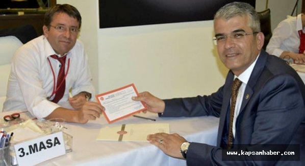 Antalya Milletvekili Akıllı, yeniden aday
