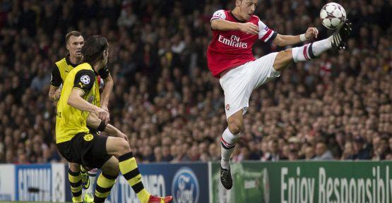 Arsenal ilk mağlubiyetini aldı...