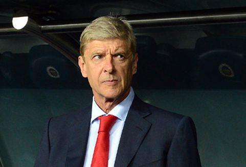 Arsenal Wenger'le sözleşme imzaladı...