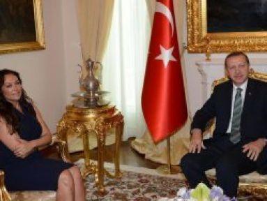 Avşar Başbakan'a Sordu:'Psikoloğunuz Varmı?'