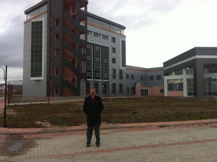 'Bakan Ala'nın 8 aydır cevap vermediği trilyonluk bina tam bir kepazelik'