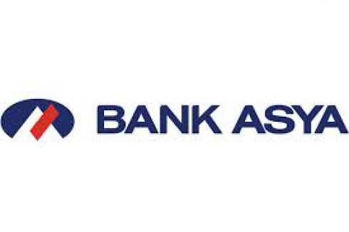 Bank Asya müşterileri destek için banka önüne akın ediyor
