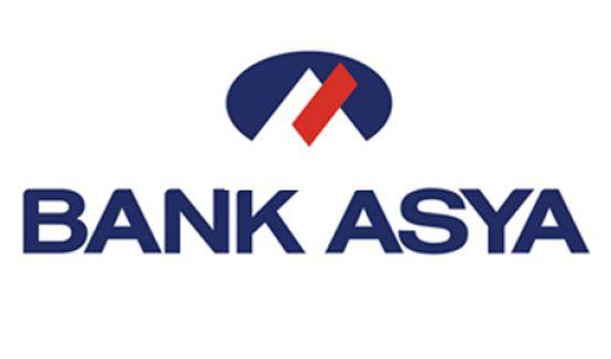 Bank Asya'ya, 'Batırın dediler yatırın anladık' pankartıyla destek verdiler