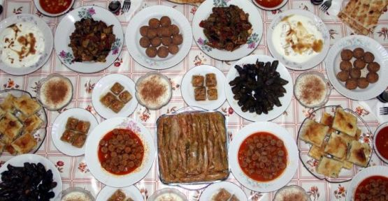 Bayram sofralarında geleneksel lezzetler