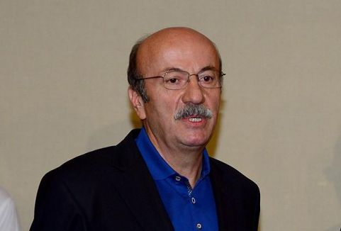 Bekaroğlu'na CHP'den davet