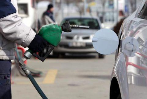 Benzin ve motorin tüketimi arttı...