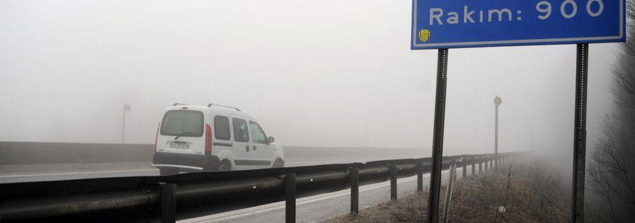 Bolu Dağı'nda sis etkili oluyor...