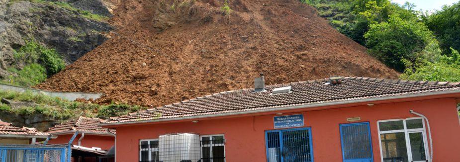 Bolu'da heyelan