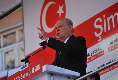 'Bu meydan ille de MHP diyor'