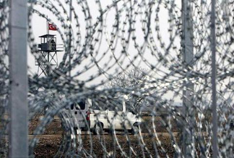 Bulgaristan sınıra tel örgü çekiyor...
