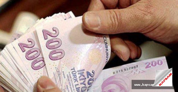 Bütçe 2,4 milyar lira açık verdi
