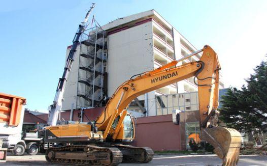 Büyük Samsun Oteli yıkılıyor