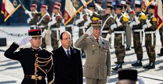 Cumhurbaşkanı Hollande yuhalandı