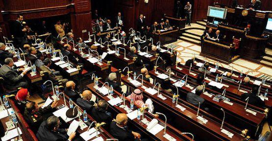 Darbe karşıtı ittifak yeni anayasa taslağını kabul etmedi...