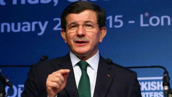 Davutoğlu: Suriye sınırını kapatmamız imkansız