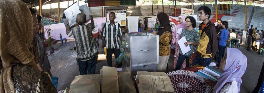 Endonezya'da oy sayımı başladı...