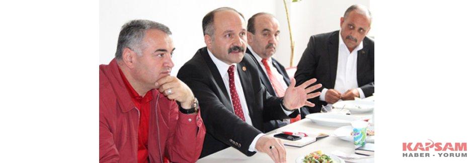 Erhan Usta; Ladik'te Muhtarlar ile Kahvaltıda Buluştu