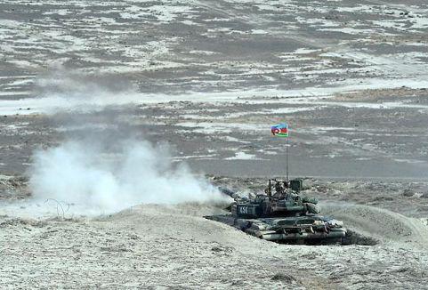 Ermenistan-Azerbaycan sınırında çatışma...
