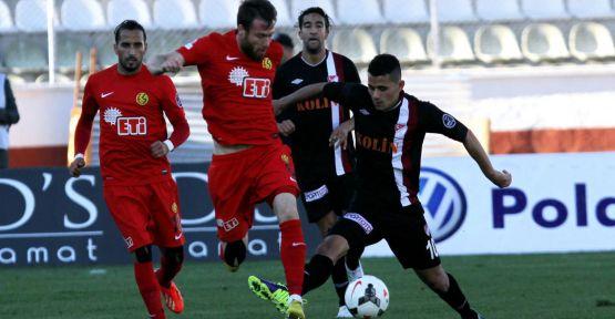 Eskişehirspor yendi