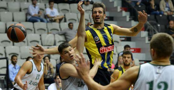 Fenerbahçe Ülker, Barcelona'yı yendi...