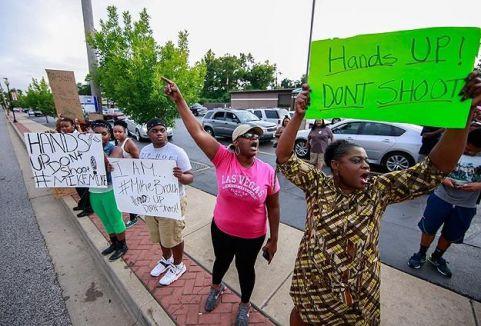 Ferguson'da gerginlik sürüyor