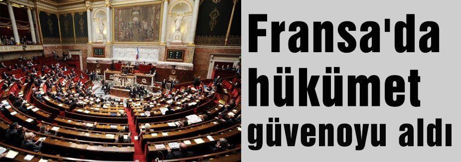 Fransa'da hükümet güvenoyu aldı