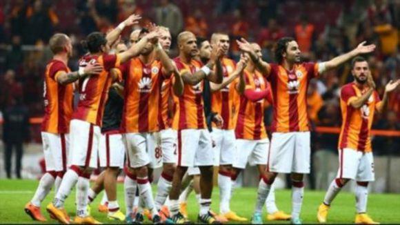 Galatasaray: 2 - Çaykur Rizespor: 0 (İlk yarı)