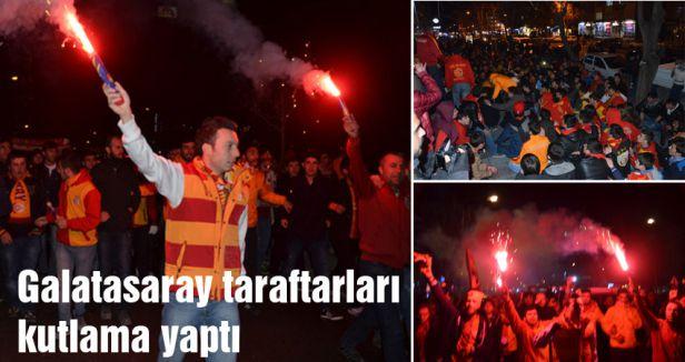 Galatasaray taraftarları kutlama yaptı