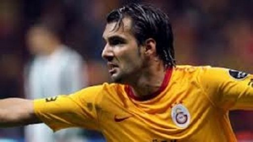 Galatasaraylı Engin Baytar'ın aracı takla attı
