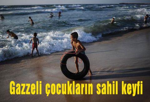 Gazzeli çocukların sahil keyfi