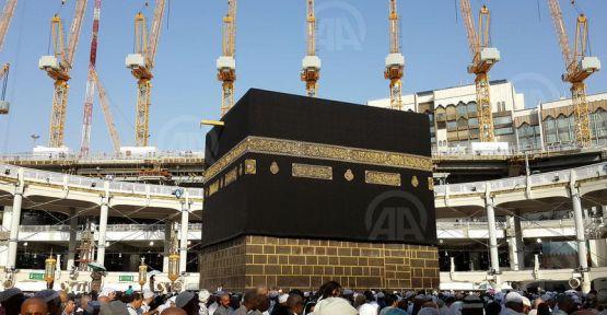 Hacılar, Hz. Muhammed'e kucak açan şehirde...