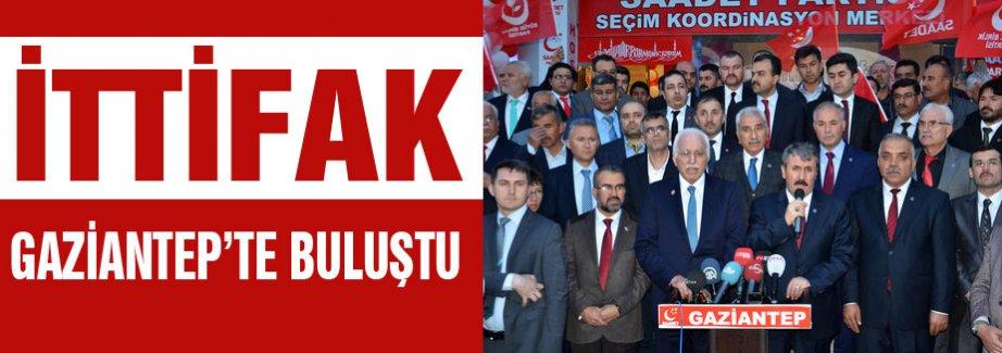 'İki maaş ikramiye, beton yığını Ak Saray'ın maliyeti kadar etmiyor'