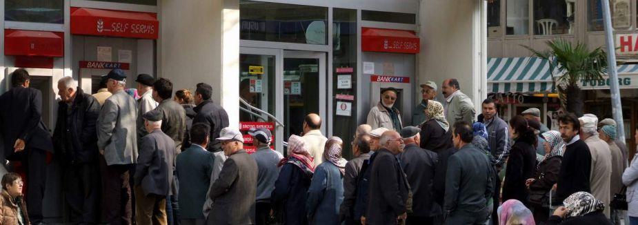 İşçi emeklileri zamma tepkili