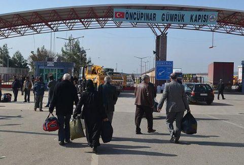 IŞİD Azez'den çekildi, Suriyeliler dönüyor...