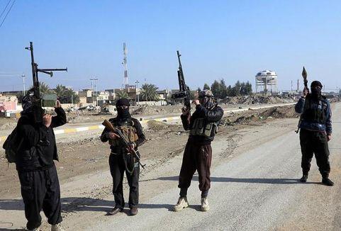 IŞİD kontrolü ele geçirdi