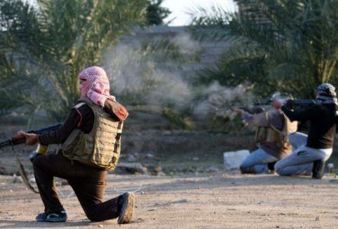IŞİD Miniğ havaalanından çekildi...