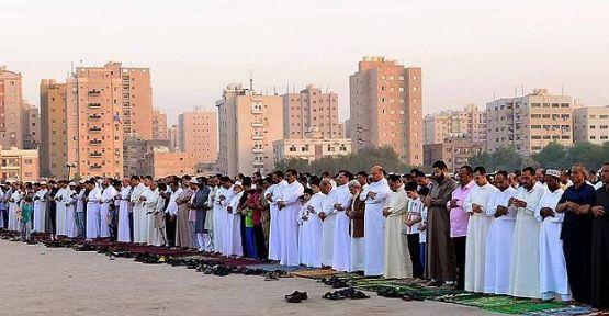 İslam dünyasında bayram coşkusu...