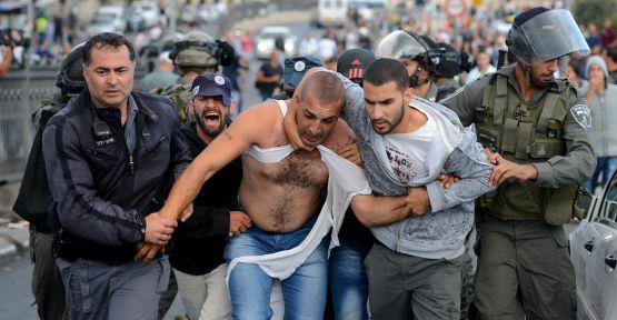İsrail 30 Filistinliyi gözaltına aldı