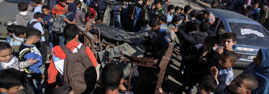 İsrail Gazze'ye saldırdı...