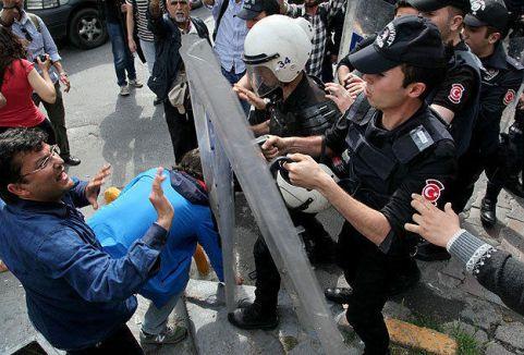 İstanbul'da eylemcilere müdahale