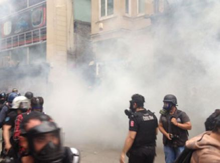 İstiklal'de polis müdahale etti