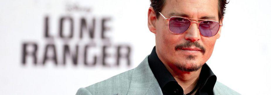 Johnny Depp nişanlandı...
