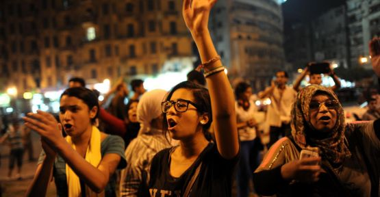 Kahire'de gazla müdahale